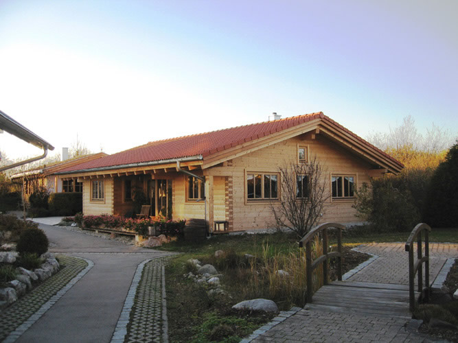 Holzhaus bungalow grundriss for Holzhaus blockhaus